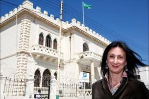 Bomb kills journalist who exposed Malta's ties to tax havens in Panama...