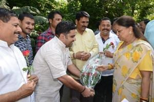 Government  employees thank Rajasthan CM for extending pay panel...