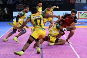 Pro Kabaddi League: Bengaluru Bulls, Patna Pirates play out...