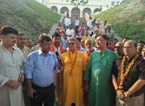 Diwali celebrations start in Ayodhya with Heritage walk as temple town...