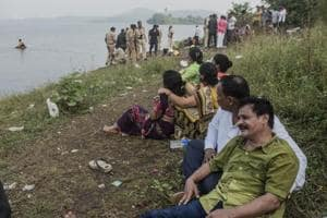 15-year-old boy goes for swim with friends in a Mumbai lake, drowns