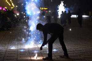 Diwali pollution in Mumbai: Expect 'very poor' air quality today