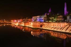 On the occasion Choti Diwali 1.7 Lakhs earthen Diya