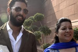 Yuvraj Singh's mother Shabnam asks, 'What is Akanksha fighting for...