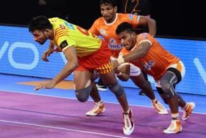 Pro Kabaddi League: Gujarat Fortunegiants edge Puneri Paltan 23-22