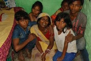Rickshaw puller 'starves' to death in Jharkhand due to lack of ration...