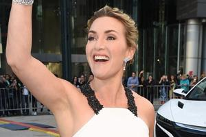 When Kate Winslet asked Leonardo DiCaprio for advice, this is what he...