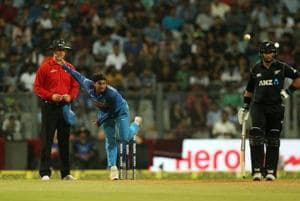Dinesh Karthik defends Indian cricket team spinners after loss to New...