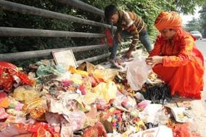 After Diwali, Lucknow temple launches drive to dispose of idols dumped...