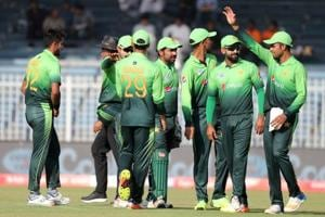 Pakistan skipper Sarfraz Ahmed hails bowlers after huge victory over...