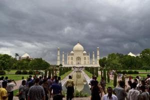 The Taj Mahal received a bomb threat on Monday evening.