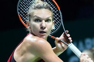 Simona Halep too strong for Caroline Garcia in 2017 WTA Finals tennis...