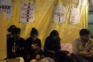Students of  Satyajit Ray Film and Television Institute in Kolkata start a hunger strike since Saturday night demanding expulsion of 14 female hostellers be revoked.