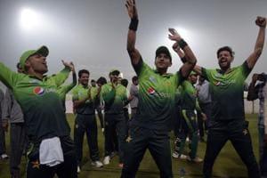 Pakistan defeat Sri Lanka as top-level cricket returns to Lahore