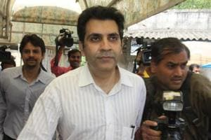 Unitech promoter Sanjay Chandra leaves at Patiyala Court, New Delhi.