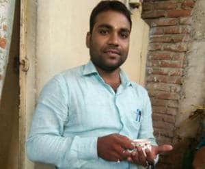 Cyber cafe owner Anurag Basu who caught two terror suspects at Gaya in Bihar on September 13.