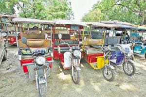 The report by the panel states that the number of e-rickshaws in the Capital has long crossed the one lakh mark, of which, only around 34,000 were registered with the transport department as on June 30.