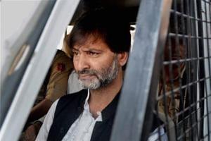 ED issues FEMA notice to Kashmiri separatist Yasin Malik