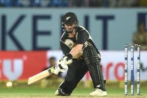 Colin Munro's brilliant knock guided New Zealand to a 40-run win over India in the second T20 at Rajkot on Saturday.