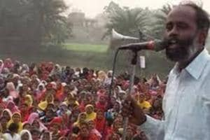 File picture of key leader of Bhangar agitators, Alik Chakraborty, addressing a public meeting in the area earlier in the year.