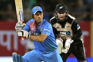 MSDhoni played 10 dot balls during the India vs New Zealand T20 in Rajkot that the hosts lost.