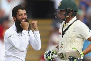 Graeme Swann has urged both players from England and Australia to stop a 'phoney' war of words and just focus on the cricket ahead of the 2017/18 Ashes contest.