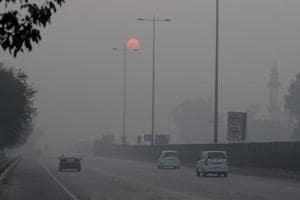 Gurgaon's air quality index (AQI) was recorded at 485 on Friday, a significant increase from Wednesday's reading of 459. This means 'severe' air quality.