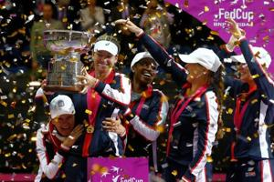 US ends 17-year jinx, beat Belarus 3-2 to clinch Fed Cup Tennis...