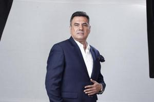 Actor Boman Irani  is married to Zenobia, with whom he has two sons, Danesh and Kayoze Irani