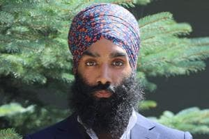 Chic headwear: Canadian designer launches trendy line of turbans