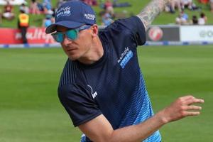 Dale Steyn makes quiet return to cricket after year-long absence