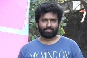 Music composer Santhosh Narayanan accuses Sydney airport official of racial profiling,tweets about his experience.