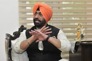 Resignation now will amount to admission of charge, says AAP's Sukhpal...