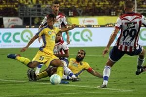 Indian Super League 2017-18: Kerala Blasters, ATK play out goalless...