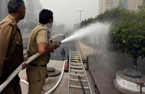Delhi pollution: 75,000 litres of water sprinkled at ITO fails to make...
