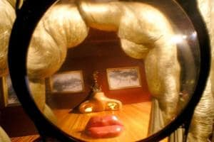 Salvador Dali's famous Mae West Lips sofa may leave UK if buyer can't...