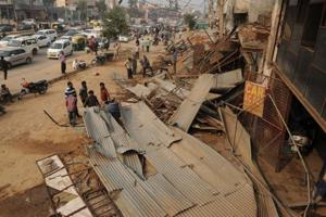 Gurgaon: MCG, Huda jointly clear encroachments on Sohna Road