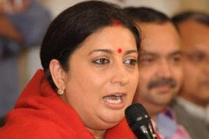 Smriti Irani hits out at Shashi Tharoor for his 'maharaja' remark amid...