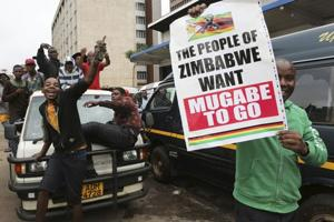 Zimbabwe protesters march towards Mugabe's official residence