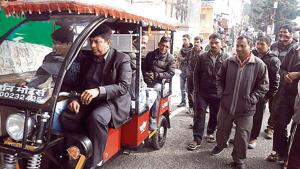 In Mussoorie, e-rickshaws may drive out pedal rickshaws