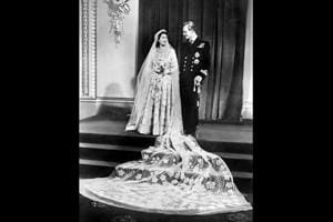 Photos: Queen Elizabeth and Prince Philip mark 70th wedding...
