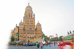 Illegal debris dumping: Mumbai civic body issues stop work notices to...