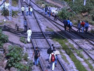 3 women contract labourers for Railways dead, another injured after...