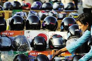 Uttar Pradesh low on use of helmet, seat belt, high on fatalities