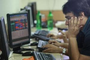 Sensex loses sheen; IT, metal stocks weigh