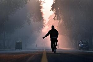 Delhi air quality turns  'very poor' again, minimum temp falls below...