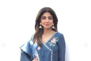 You will want to steal Shilpa Shetty's stylish indigo kurta and denim...