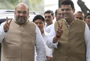 CM Fadnavis meets BJP's Amit Shah, discusses Maharashtra Cabinet...