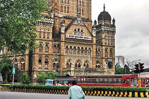 Councillors slam 'inhumane' Mumbai civic body for giving slum-dwellers...