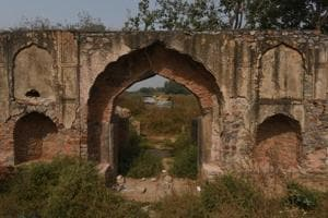 Photos: 17th century ruin in Delhi stuck between Delhi govt, defence...